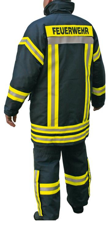uniforme completo trasero